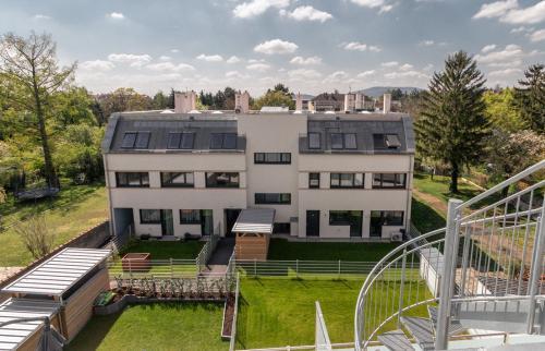Haus 2 Vösendorf - Wohnung 2.6 - Aussicht von Dachterrasse