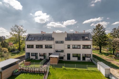 Haus 2 Vösendorf - Wohnung 2.6 - Aussicht von Balkon